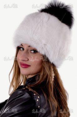 czapka futrzana z pomponem lisa