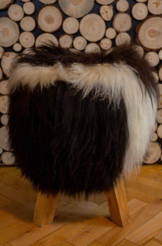 Stylowe krzesło ze skóry owczej